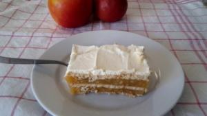 kolač s jabukama